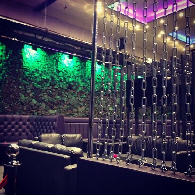 Oasis Shisha Lounge Glasgow Chains
